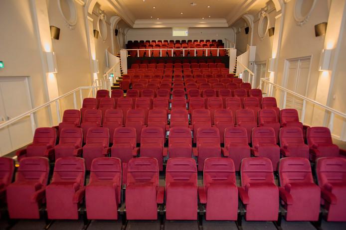 De karaktervolle, grote zaal van bioscoop Cinecitta is een van de zalen waar tijdens 013 CIF internationale films zijn te zien.