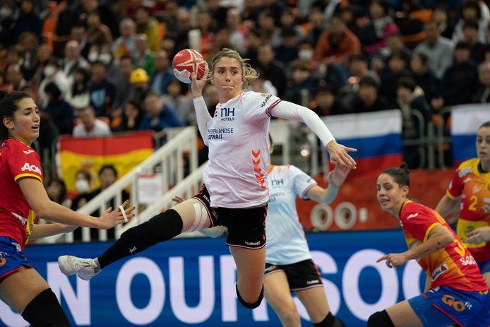 December 2019:Estavana Polman haalt namens Oranje uit op het gewonnen WK in Japan.