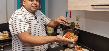 Soeniel (42) uit Meppel heeft bijna elke dag hoofdpijn, maar kookt toch een kerstdiner voor 80 lotgenoten