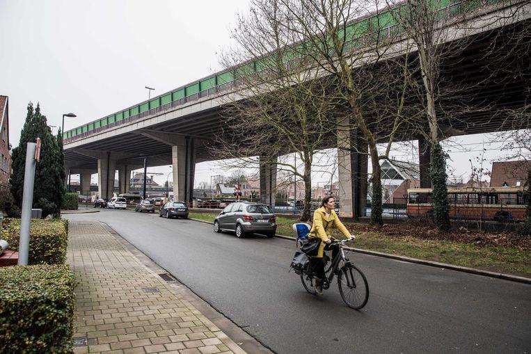 Het viaduct van de E17 krijgt minder en geluidsarme voegen.