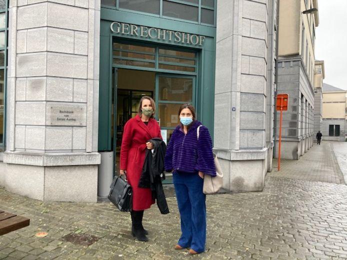 Vlaams minister van Justitie Zuhal Demir (N-VA) was samen met haar advocate Charlotte Verhaeghe persoonlijk aanwezig op de behandeling van de strafzaak voor de rechtbank van Tongeren.