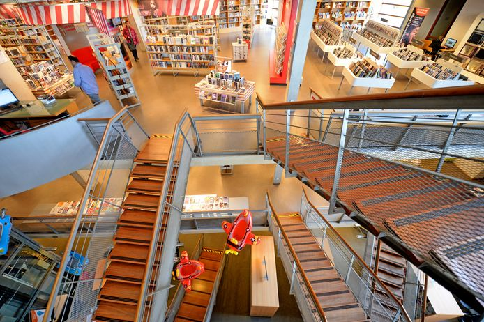 De bibliotheek  van Almelo.