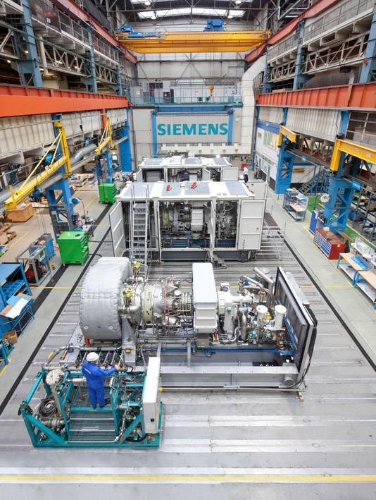Fabriekshal bij Siemens in Hengelo waar gasturbines worden geassembleerd.