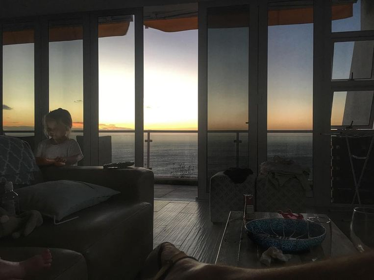 Regi Penxten in zijn huis van Zuid Afrika -