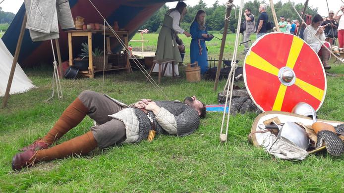 De Slag bij Vlaardingen nagespeeld.