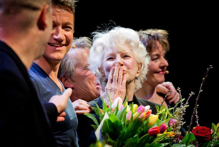 Regisseur Maarten Mourik, Paul Groot, Adèle Bloemendaal, Martin van Dijk en Sanne Wallis de Vries tijdens de première van Adèle in de Stadsschouwburg in Utrecht. Beeld anp