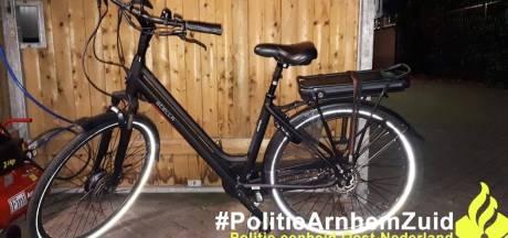 Twee verdachten aangehouden met gestolen e-bike