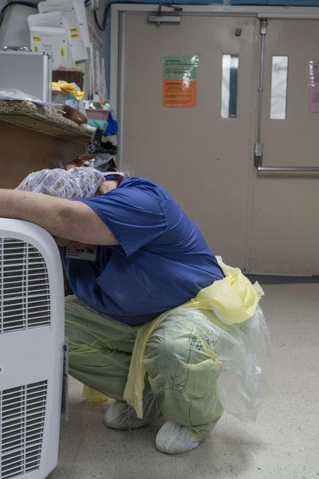 Record de 52.000 nouvelles infections au coronavirus en 24 heures aux États-Unis
