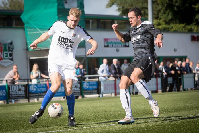 Luuk Rossen, hier te zien in een eerder duel, scoorde de 1-0 voor NEC. Archieffoto.