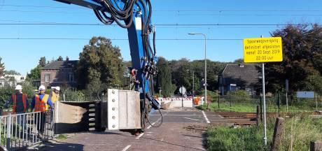 Geen treinen tussen Deventer en Almelo; overgang Colmschate ontmanteld