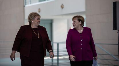 """""""Levenslang gestigmatiseerd om een onschuldige flirt"""": Noorse regering verontschuldigt zich bij 'moffenmeiden'"""