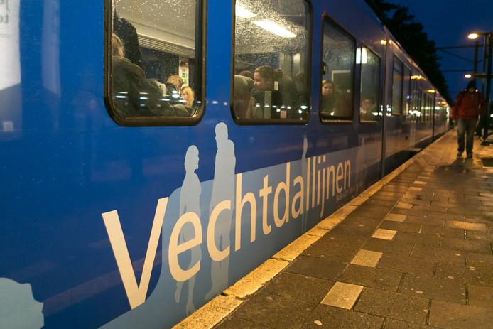 Vervoerder Arriva gaat begin september extra treinstellen inzetten op de Vechtdallijn als antwoord op de verwachte drukte door het begin van het nieuwe schooljaar.