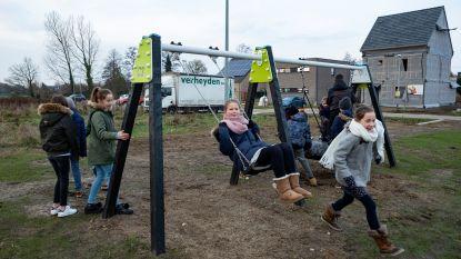 Nieuwe kindergemeenteraad opent speelpleintje Brouwershof