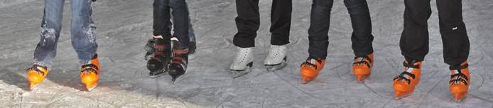 Vanaf 18.30 uur zaterdagavond is er bij de Zijtaartse rijhal een schaatsdisco.