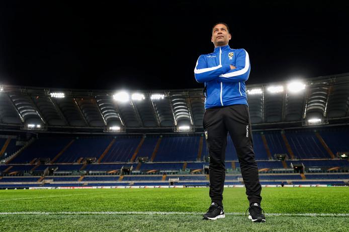 Henk Fraser in Rome, voor de Europese match tegen Lazio.