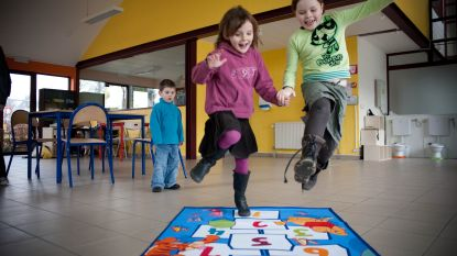 Van coronaveilige speelpleinwerking tot zomerschool: zo regelen Vlaamse gemeentes kinderopvang in de grote vakantie