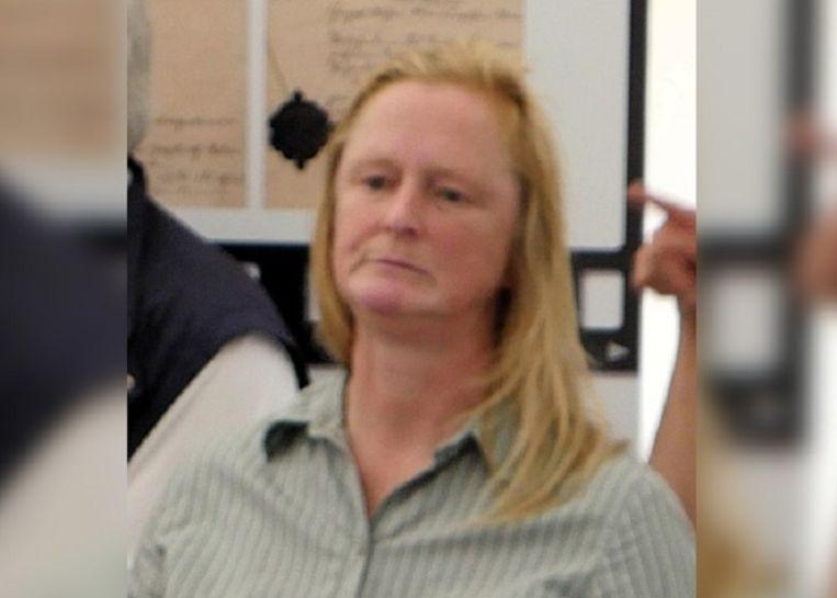 Monika Ritschel: Duitse, vermist sinds mei 2017. Was destijds 53. Navraag door politie in Duitsland leerde dat ze is begraven. Ook de politie verbaast zich over uiterlijke gelijkenissen, maar het dna komt niet overeen met de in Westdorpe gevonden vrouw. Beeld