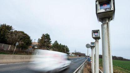 Hardrijder mogelijk vrijuit doordat flitspaal niet werkt boven 250 km/u