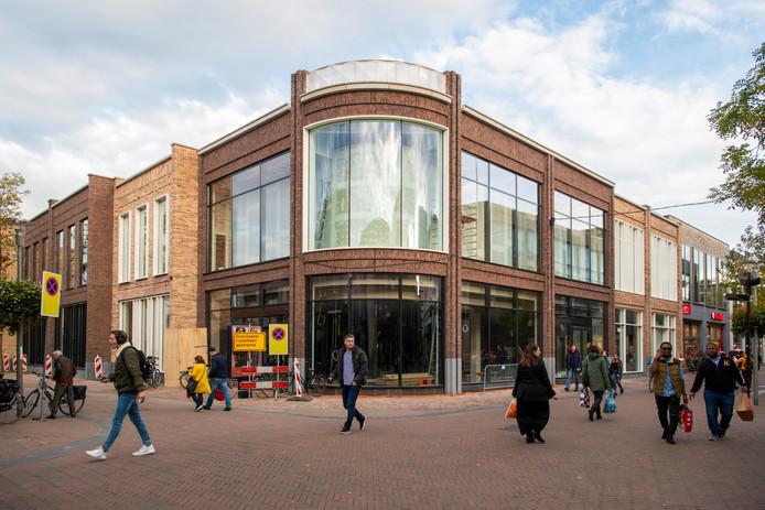 Sting Komt Naar Nederland.Geen Costes Maar The Sting Naar Toplocatie In Apeldoorn