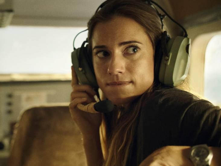 Thriller Horizon Line: piloot krijgt hartaanval, passagier belandt op vleugel