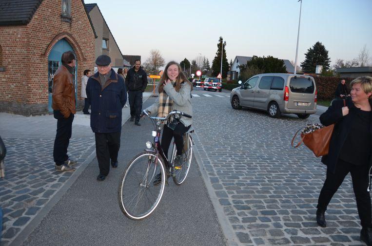 De Doorslaardam beschikt nu over een fietspad.