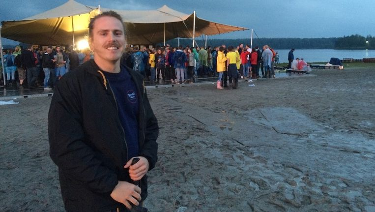 David Achter de Molen op Best Kept Secret festival: 'Het is hier wel erg mellow.' Beeld Jantien Kingma