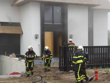 Brand in gloednieuwe villa in Kaatsheuvel, twee etages vol rook