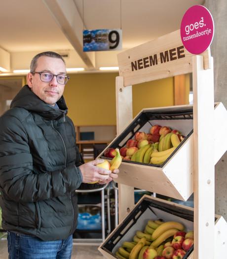 Gratis fruit voor bezoekers van het stadskantoor in Goes