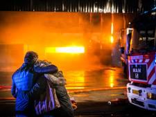 TERUGLEZEN | Verslagenheid door grote brand Aalten, bedrijfspand verwoest: 'Het is een ramp'