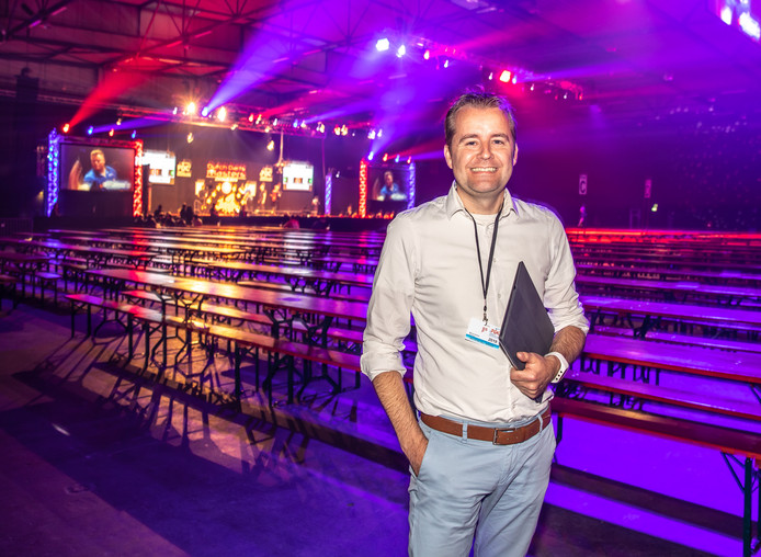 Denneboom in de IJsselhallen, waar dit weekend de Dutch Darts Masters gehouden worden.