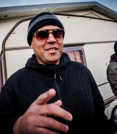 Joshua helpt Tilburgse daklozen aan slaapplek: 'Ik was altijd een stoute jongen'