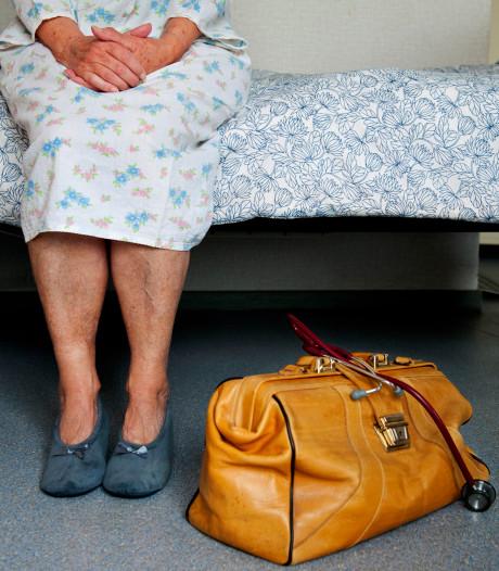 Zorgorganisatie biedt opleiding aan voor zij-instromers die willen werken met mensen met dementie