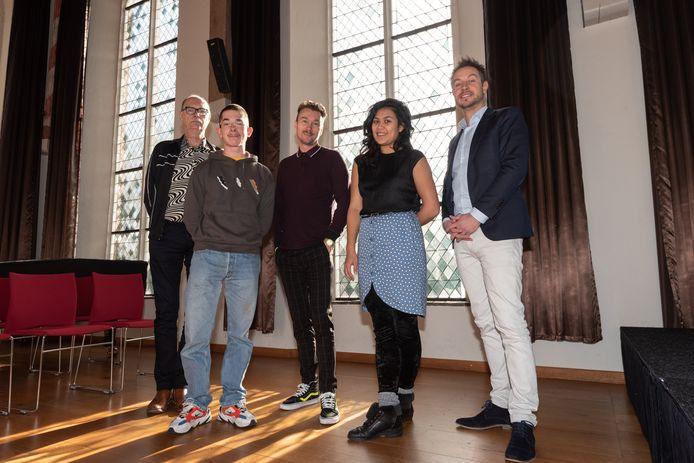 Ron Jagers, Koen Van Eeckhoutte, Martin Honings, Adinda van Wely en Joram Albus.