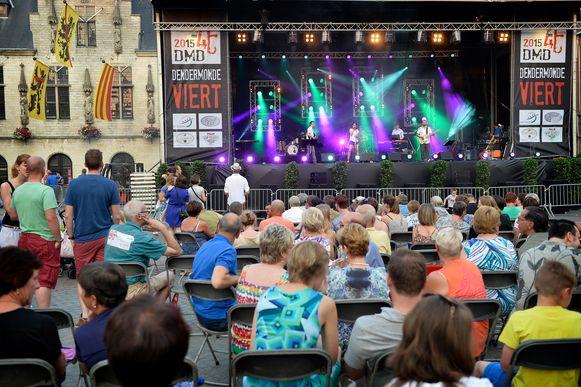 Dendermonde Viert zorgde altijd voor veel volk en ambiance op de Grote Markt.