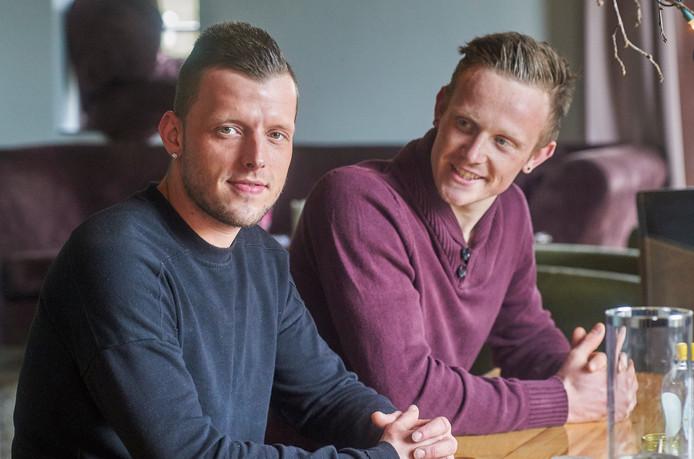 Kevin Hummel (links) en Tim van Loon waren verslaafd en wonen nu in safe house Point O. Foto: Jeroen Appels/Van Assendelft