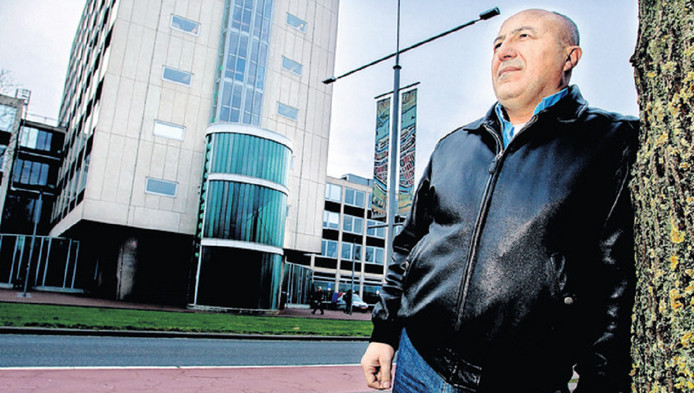 Zakenman Mustafa Karasahin