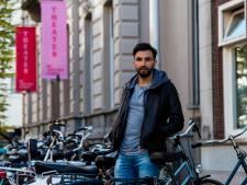 Fikry zuigt Tilburg in zich op. Vlaamse auteur gastschrijver bij Tilt