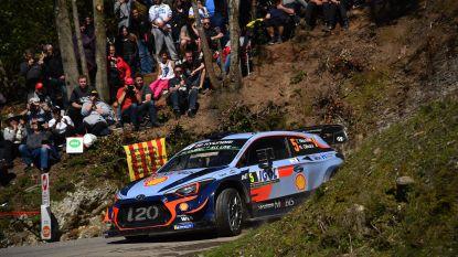 Neuville zakt naar derde plaats in Rally van Corsica, Ogier blijft autoritair leider