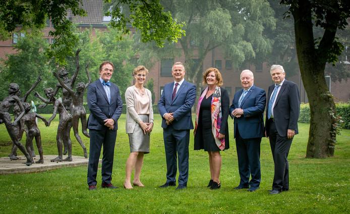 College van Burgemeester en Wethouders van de gemeente Goirle met links Bert Schellekens.