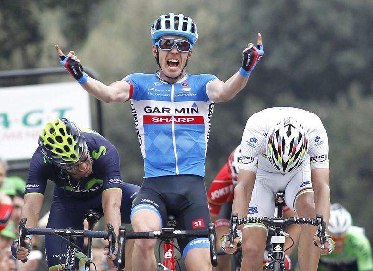 Tom-Jelte Slagter viert zijn etappe-overwinning in Parijs - Nice Beeld ANP