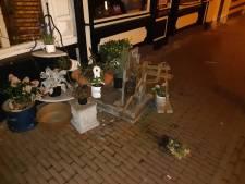 Vernieler plantenbakken centrum Gouda aangehouden