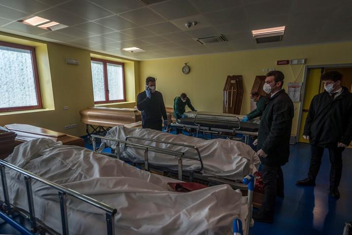 Les pompes funèbres de Bergamo sont dépassées