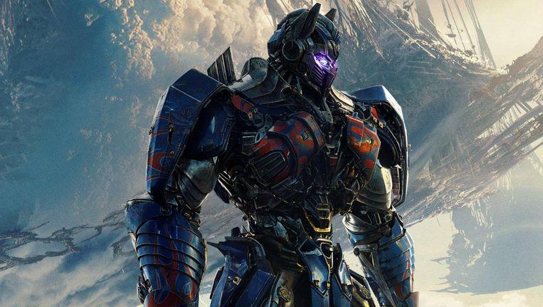 Optimus Prime in Transformers: The Last Knight. Beeld Screen Rant