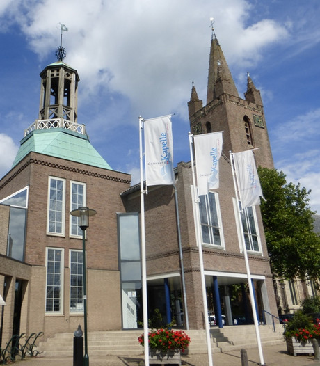 Anneke Kole-Burger exposeert in gemeentehuis