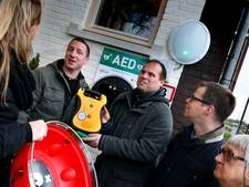 Defibrillator voor het grijpen in Hoog Dalem