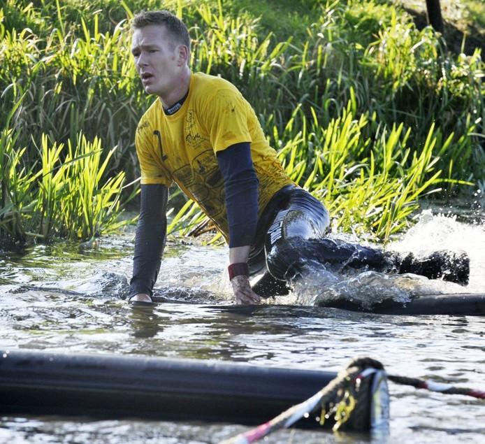 Surivalatleet Pascal Bleumink uit Groenlo in actie tijdens de surviva. Foto Frans Nikkels