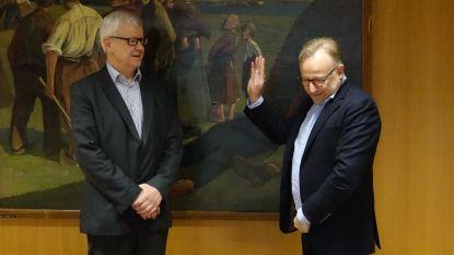 Burgemeester Walter Vansteenkiste legt eed af