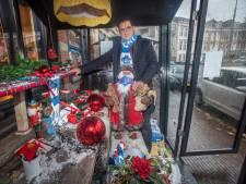 Vandalen storten zich op kersthuisje Van Kinsbergen: 'Straat bezaaid met stukgeslagen kerstballen'