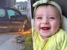 Meisje (1,5) overleden na auto-ongeluk met dronken moeder: ouders laten haar alleen sterven
