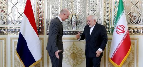 Minister Blok op fregat De Ruyter: escalatie met Iran voorkomen
